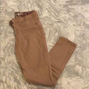 17/21 brand dusty rose denim pants size 4